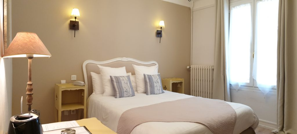 Chambre standard hotel la residence Narbonne