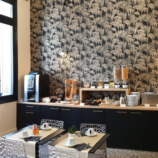 Petit-déjeuner Hôtel la Résidence Narbonne